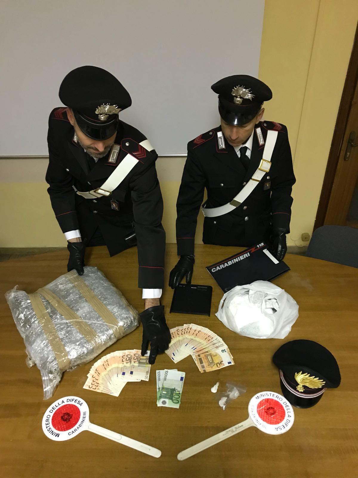 La Guida - In casa 4 kg. di droga: arrestato