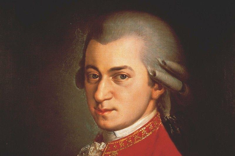 """La Guida - L'Orchestra """"Bartolomeo Bruni"""" omaggia il genio di Mozart"""