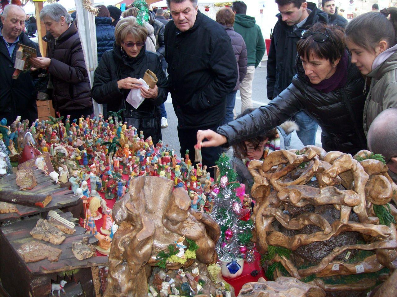 La Guida - Venerdì 8 i mercatini di Natale a Dronero