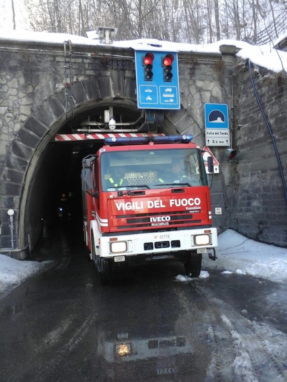 La Guida - Tunnel di Tenda riaperto dopo l'esercitazione