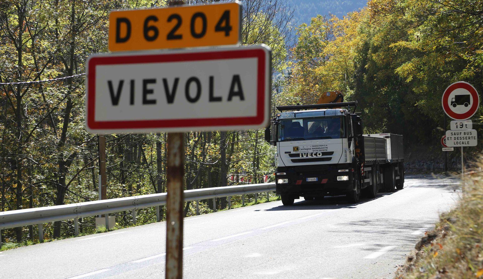 La Guida - La valle Roya rimane chiusa ai tir, il tribunale di Nizza respinge i ricorsi