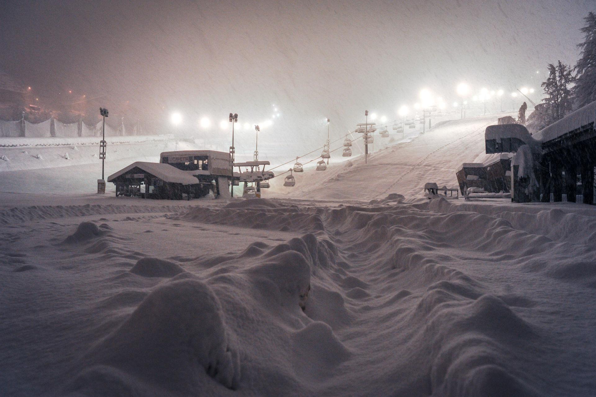 La Guida - Aperture anticipate per gli impianti di sci a Prato Nevoso, Limone e Artesina