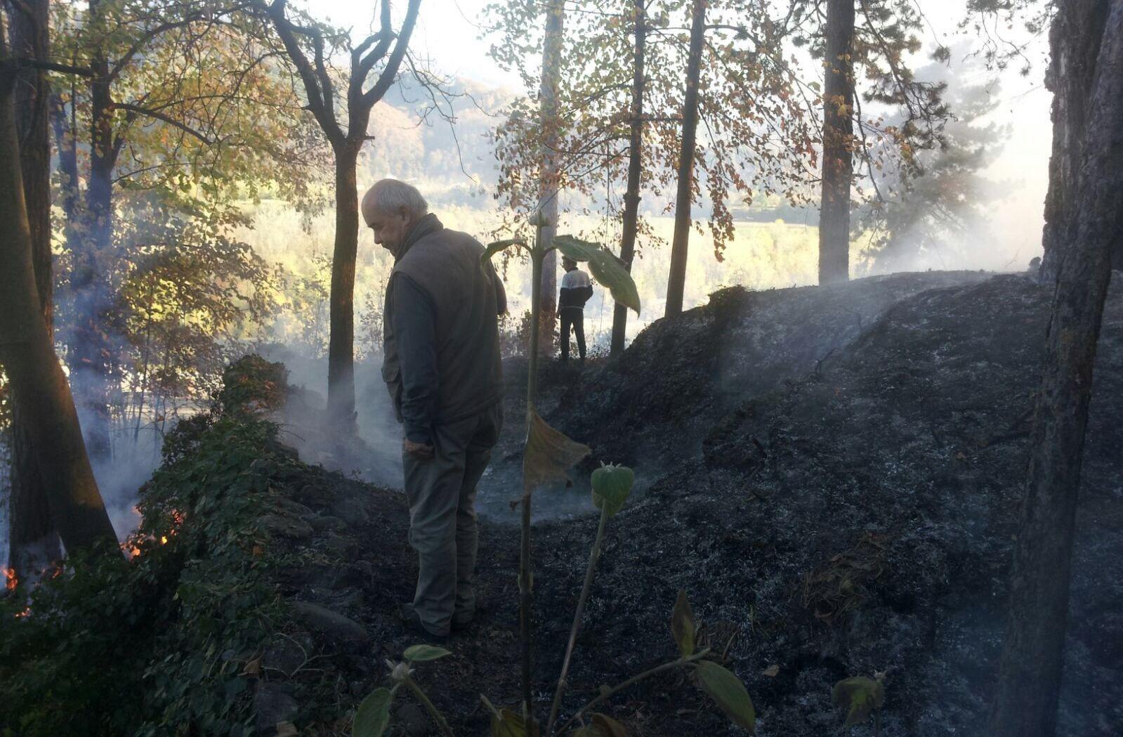 La Guida - Incendio boschivo sulla collina di Monserrato