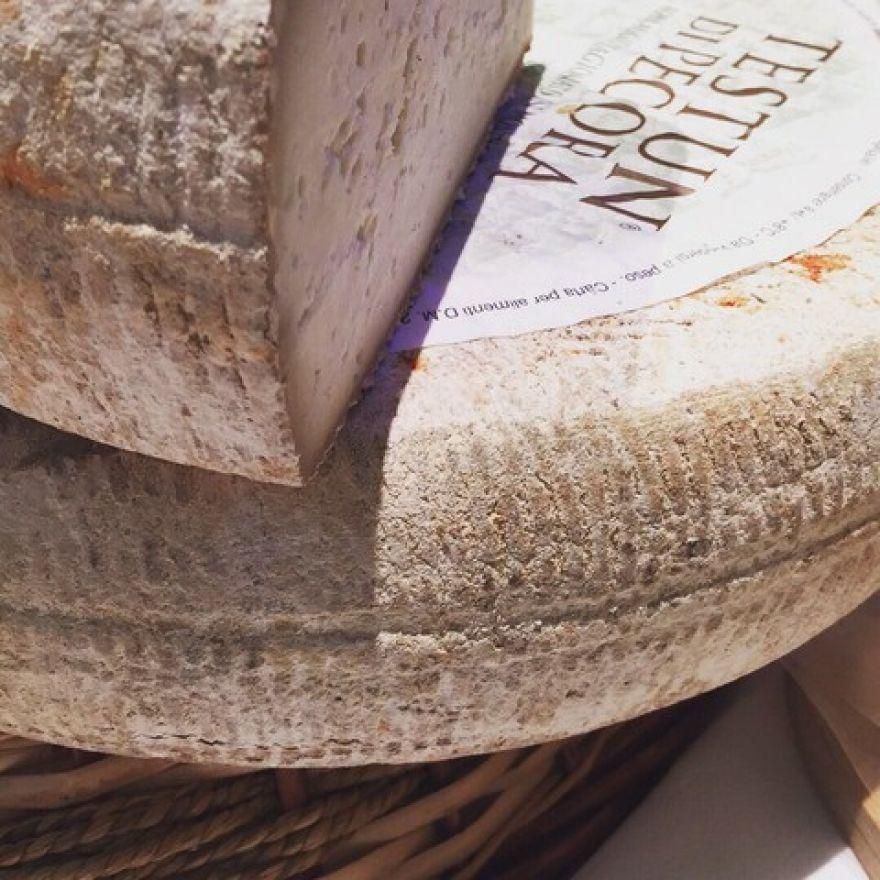 La Guida - Premio per un formaggio che salva la tradizione