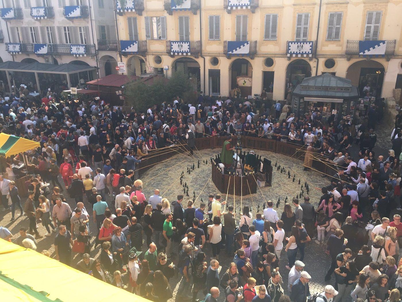 La Guida - Alba, 200.000 presenze nel fine settimana dei Borghi