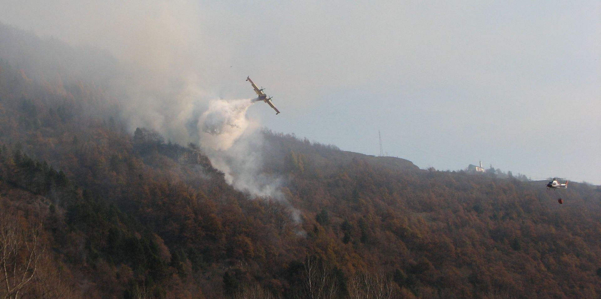 La Guida - Incendio in alta valle Stura, situazione sempre più grave: un nuovo incendio