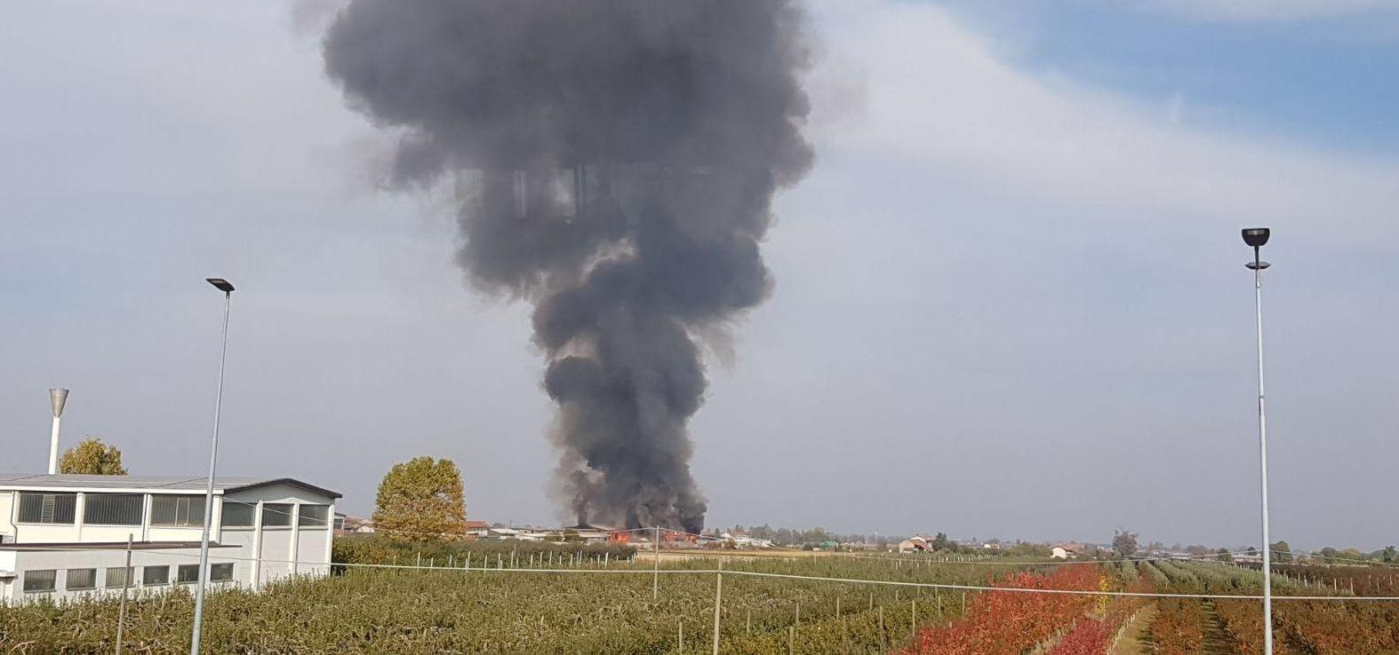 La Guida - Incendio in una cascina tra Tarantasca e Busca
