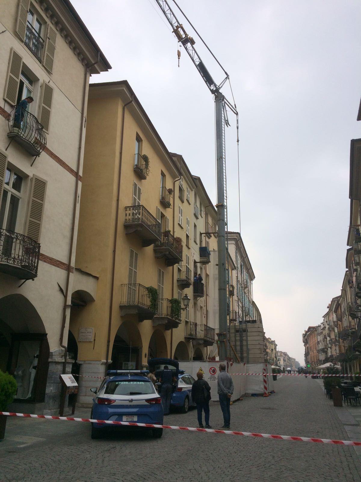 La Guida - Dipendente della Ubi muore in via Roma