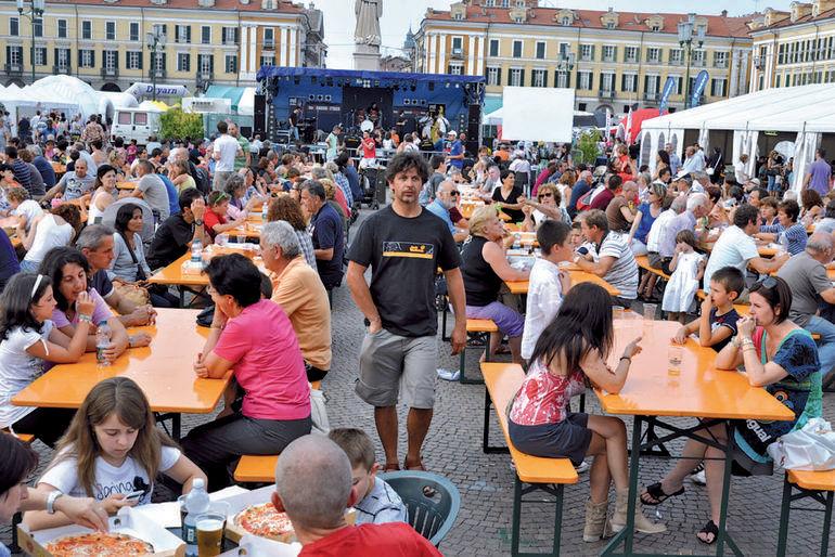 La Guida - La pizza protagonista in piazza Galimberti