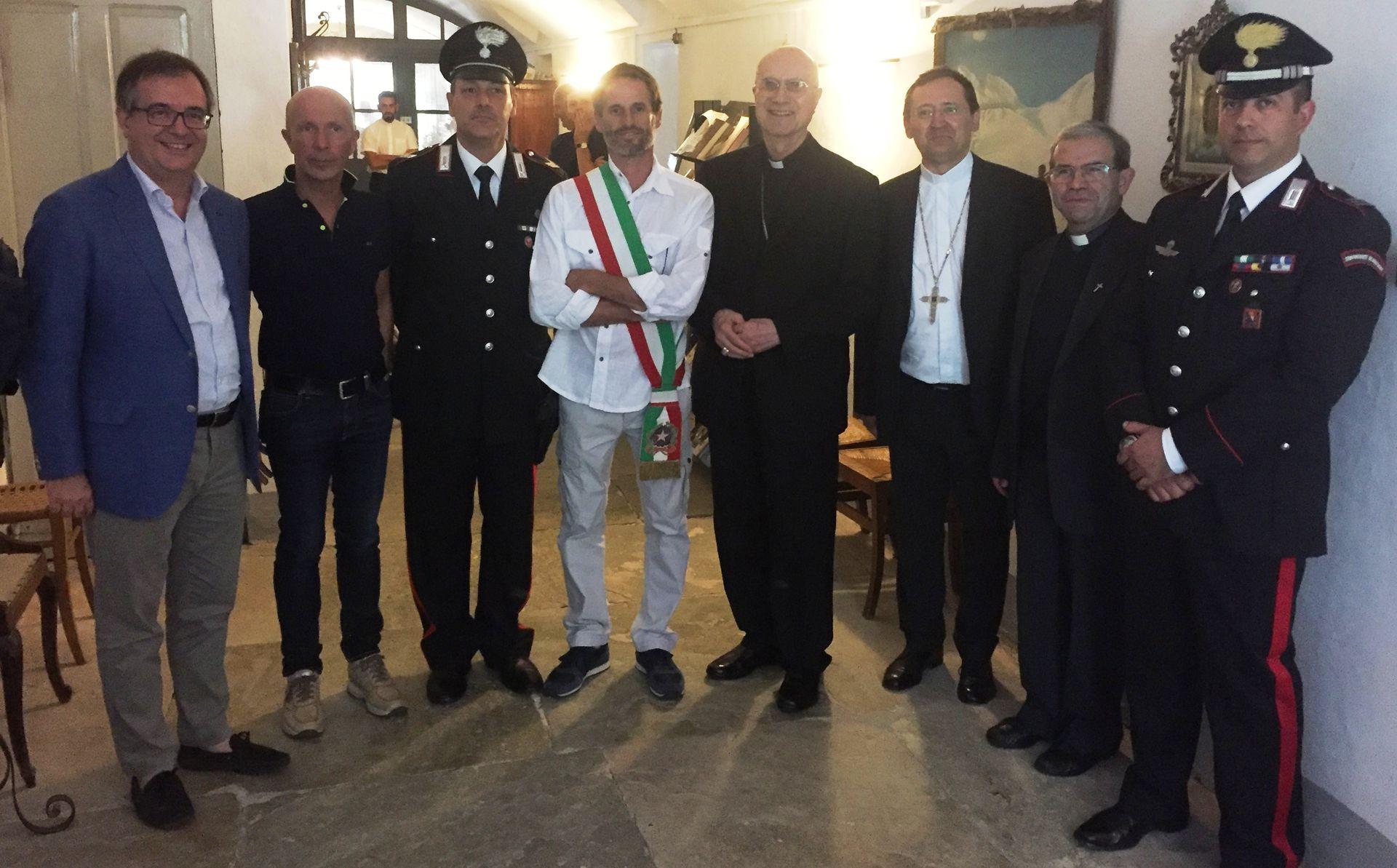 La Guida - Il cardinale Tarcisio Bertone al Santuario di Valmala