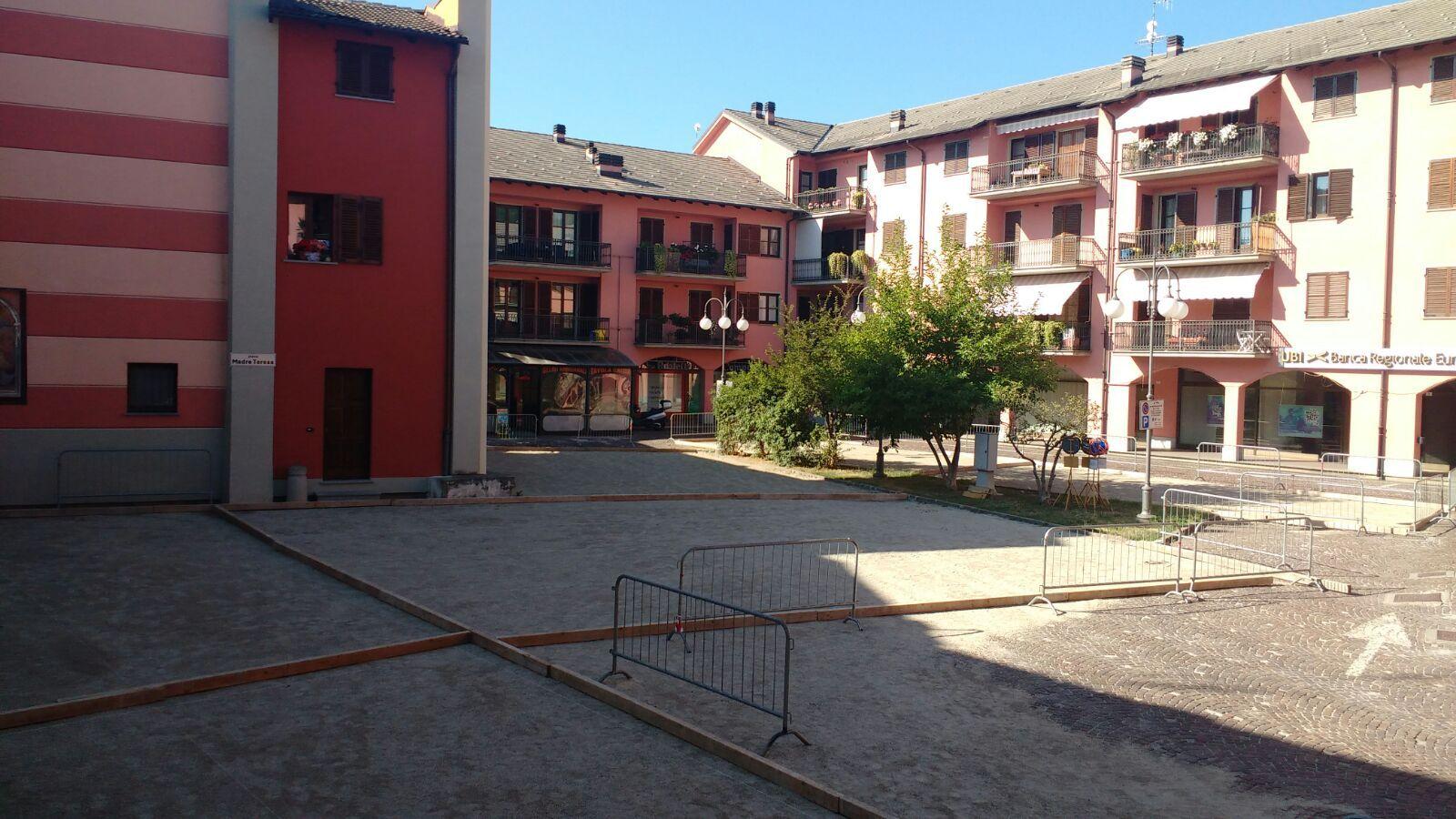 La Guida - Petanque in piazza a Caraglio