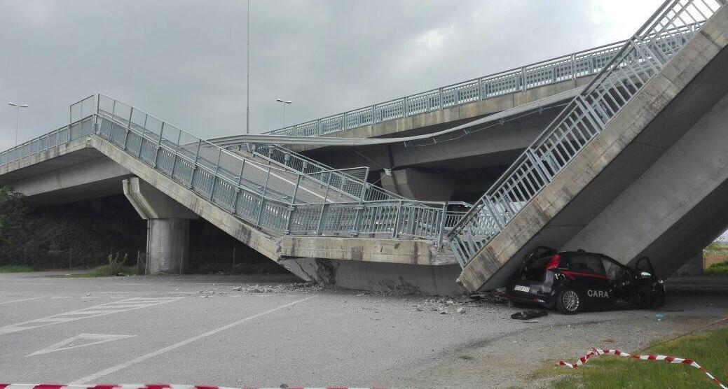 La Guida - Crolla un tratto del viadotto della tangenziale di Fossano, nessun ferito