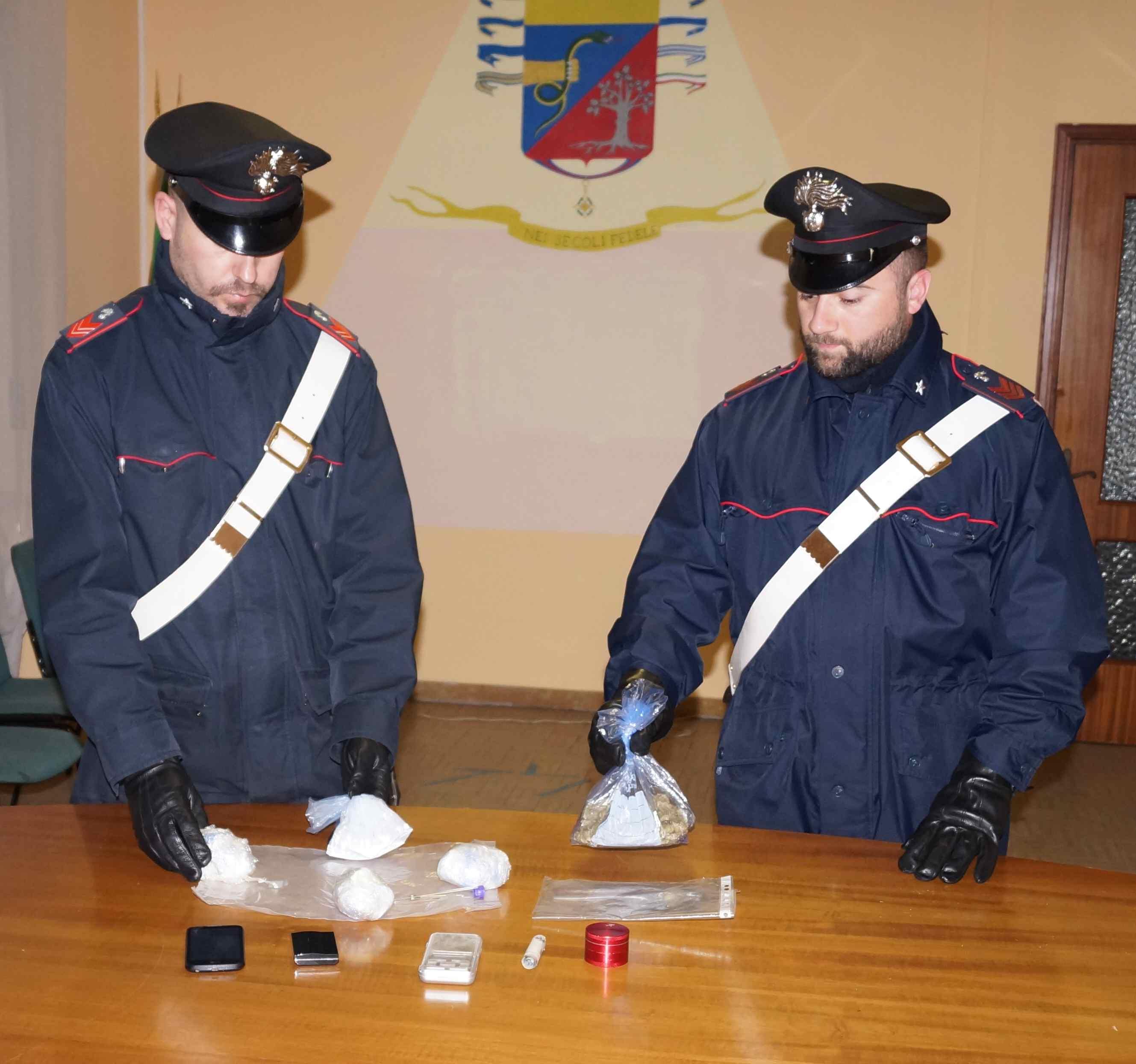 La Guida - Alba, arrestato pusher con 350 grammi di coca