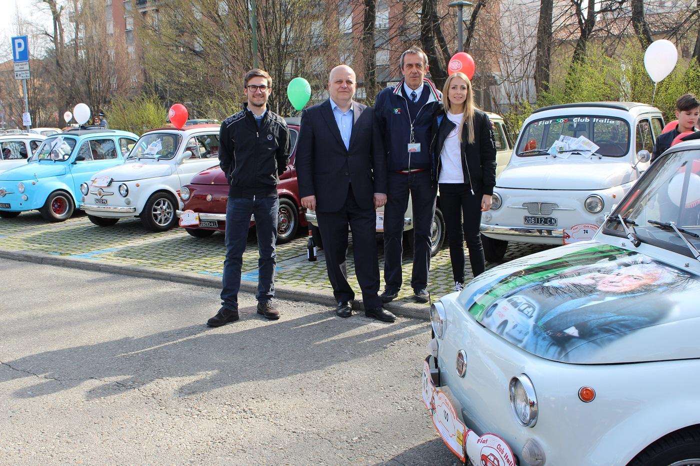 La Guida - In tanti per il raduno di Fiat 500 ad Alba