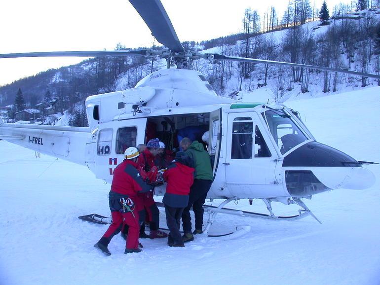 La Guida - Incidente sulle piste a Limone, donna ricoverata in ospedale