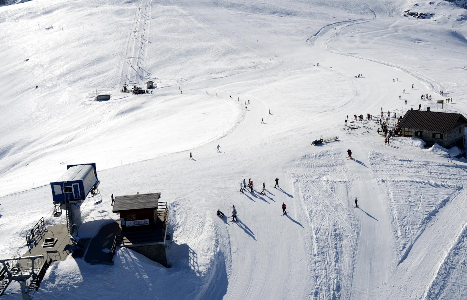 La Guida - Week end sulla neve nelle stazioni sciistiche della Granda