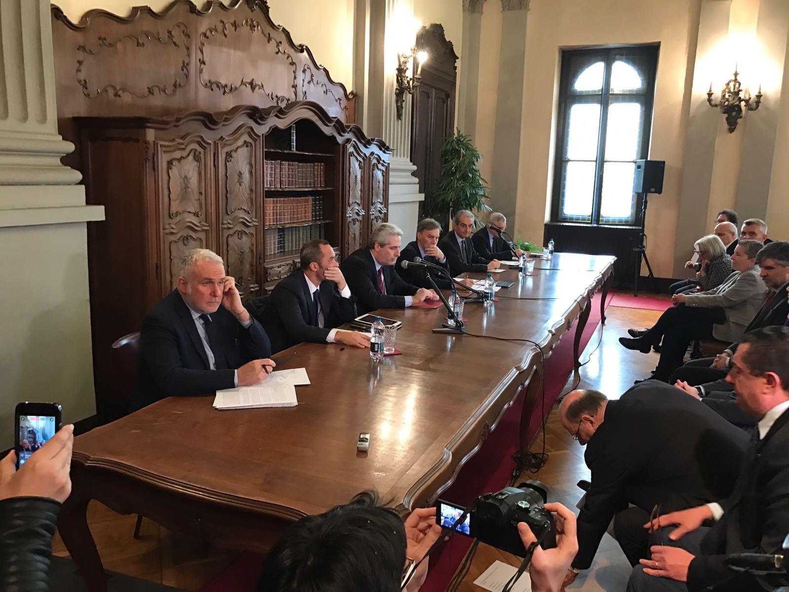 La Guida - Il ministro Delrio a Cuneo per l'autostrada
