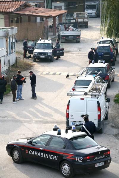 La Guida - Controlli e denunce dei Carabinieri nel campo nomadi di Alba