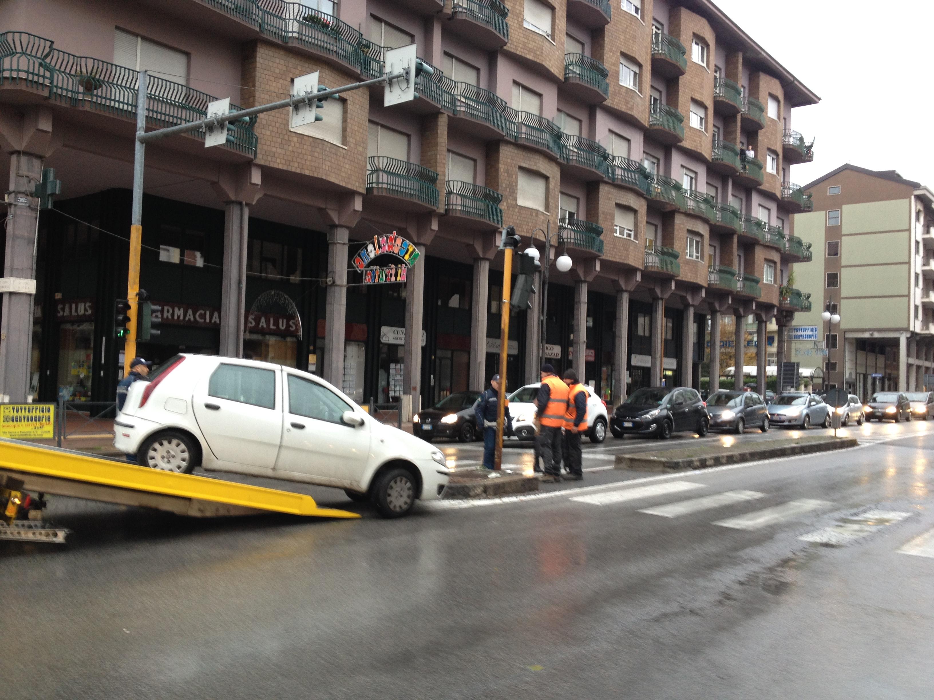 La Guida - Problemi di traffico in corso Nizza