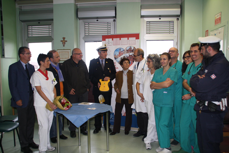 La Guida - Savigliano, un defibrillatore alla Polizia locale