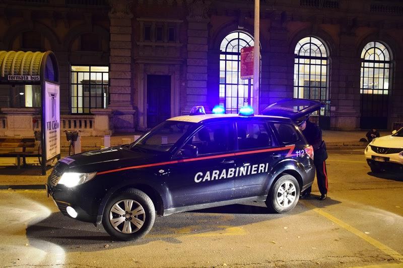 La Guida - Senza biglietto sul treno da Torino a Cuneo, aggredisce capotreno e finanziere