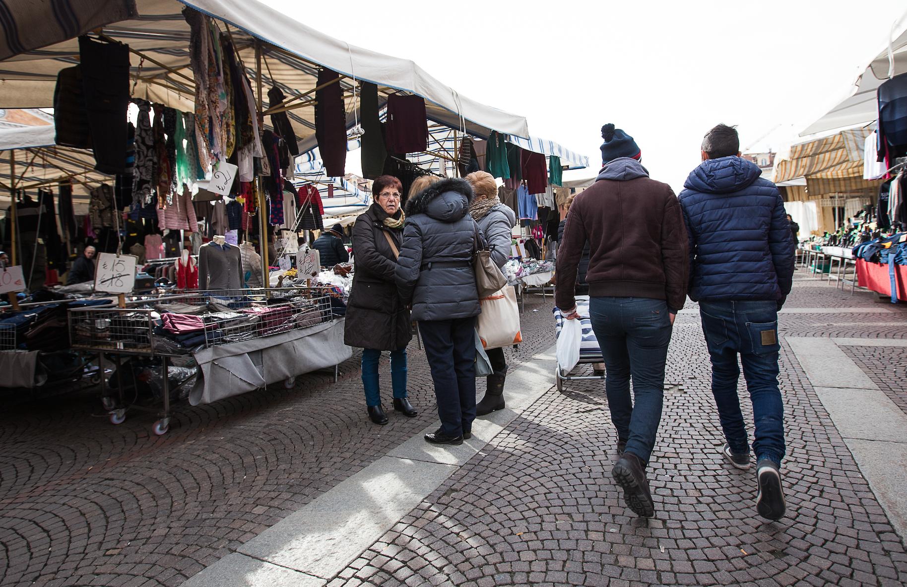 La Guida - Martedì 1° novembre mercato e negozi aperti