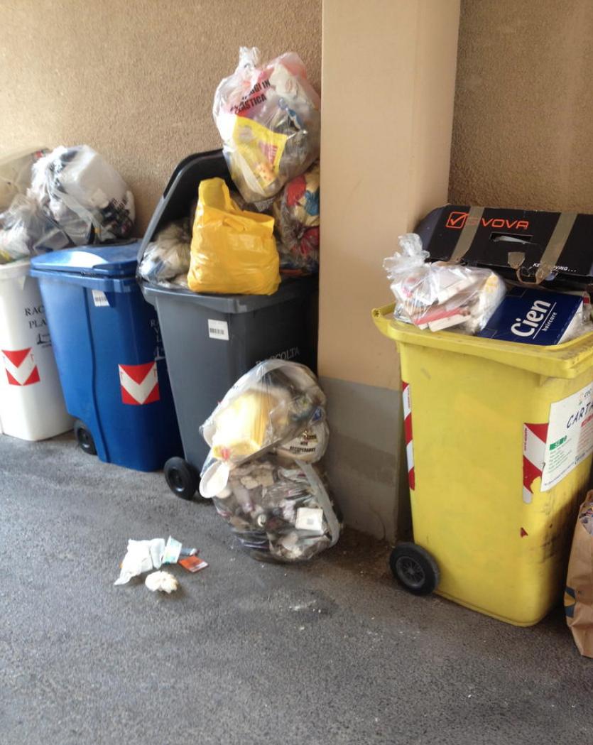 """La Guida - Ispettori ambientali vigilano sulla raccolta rifiuti """"porta a porta"""""""