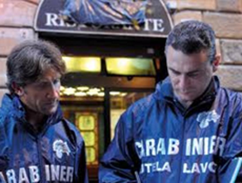 La Guida - Lavoro nero, chiuso bar di Cuneo