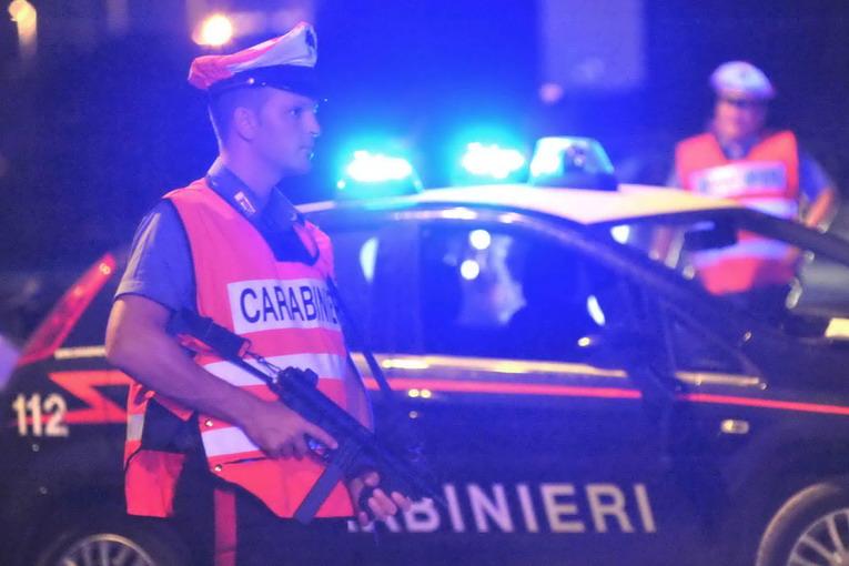 La Guida - Ubriaco alla guida, aggredisce i Carabinieri