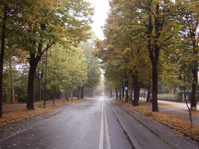La Guida - Viale Angeli, prolungata area pedonale per Ferragosto