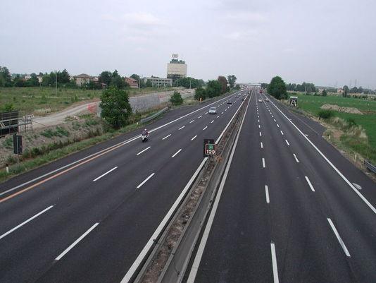 La Guida - Cuneo vende le azioni della società dell'autostrada che non c'è