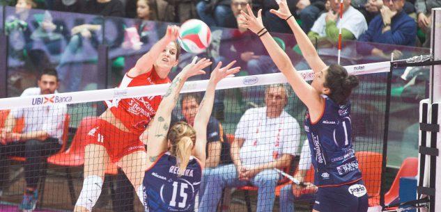 La Guida - Le ragazze del volley in campo in Sardegna