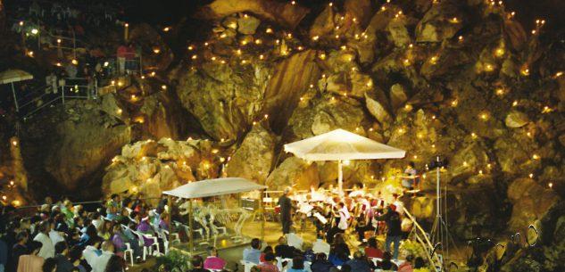 """La Guida - Presepi e musica nelle grotte del progetto """"Caves"""""""