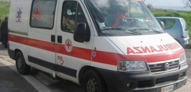 La Guida - Auto fuori strada nella notte vicino a Levaldigi, due feriti