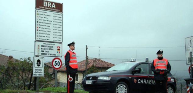 La Guida - Auto fuori strada, autista ubriaco: denunciato