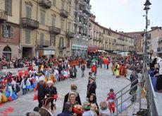La Guida - Saluzzo, investitura della Castellana e sfilata degli oratori