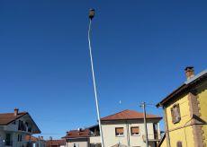 La Guida - Quel lampione pericolante a Borgo San Giuseppe