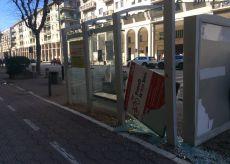 La Guida - Cuneo, pensilina bus danneggiata davanti ai licei