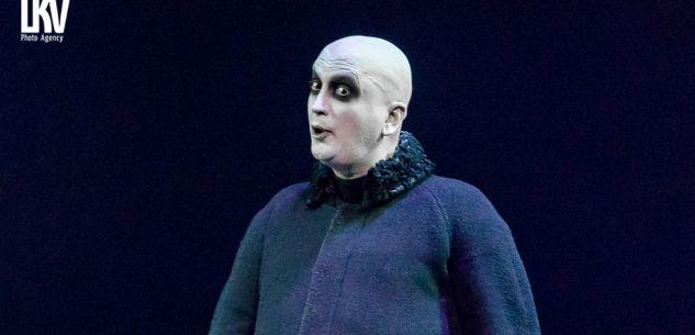 La Guida - Il cuneese Umberto Noto gira l'Italia in teatro