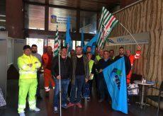 La Guida - Continua la protesta degli operai del cantiere del Tenda