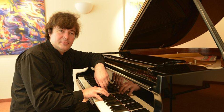 Il maestro Oleg Poliansky al pianoforte