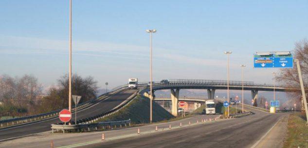 La Guida - Alba, chiuso il ponte della tangenziale uscita su corso Nebbiolo
