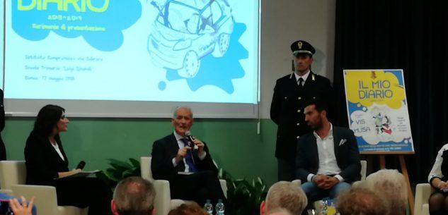 La Guida - Il capo della Polizia Franco Gabrielli e Gigi Buffon a Cuneo