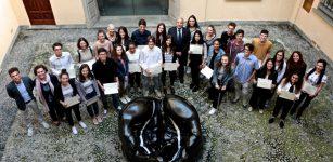 La Guida - Borse di studio per l'estero a 30 ragazzi cuneesi