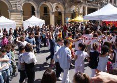 """La Guida - Giornata di festa a Cuneo con """"FamigliaseiGranda"""""""