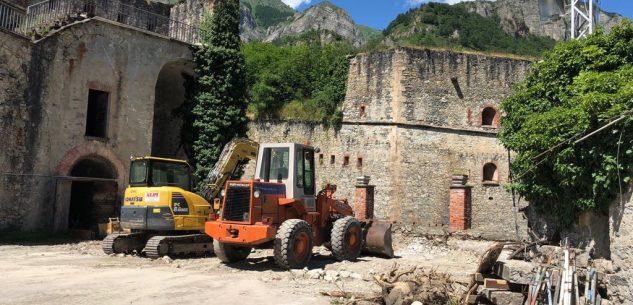 La Guida - Lavori al Forte Albertino di Vinadio