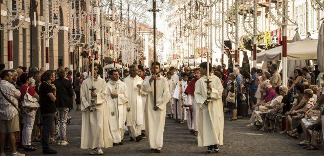 La Guida - La processione in onore della Madonna del Carmine