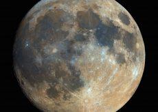 La Guida - Questa sera l'eclissi più lunga del secolo