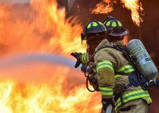 La Guida - Peveragno, incendio nell'ex collegio salesiano