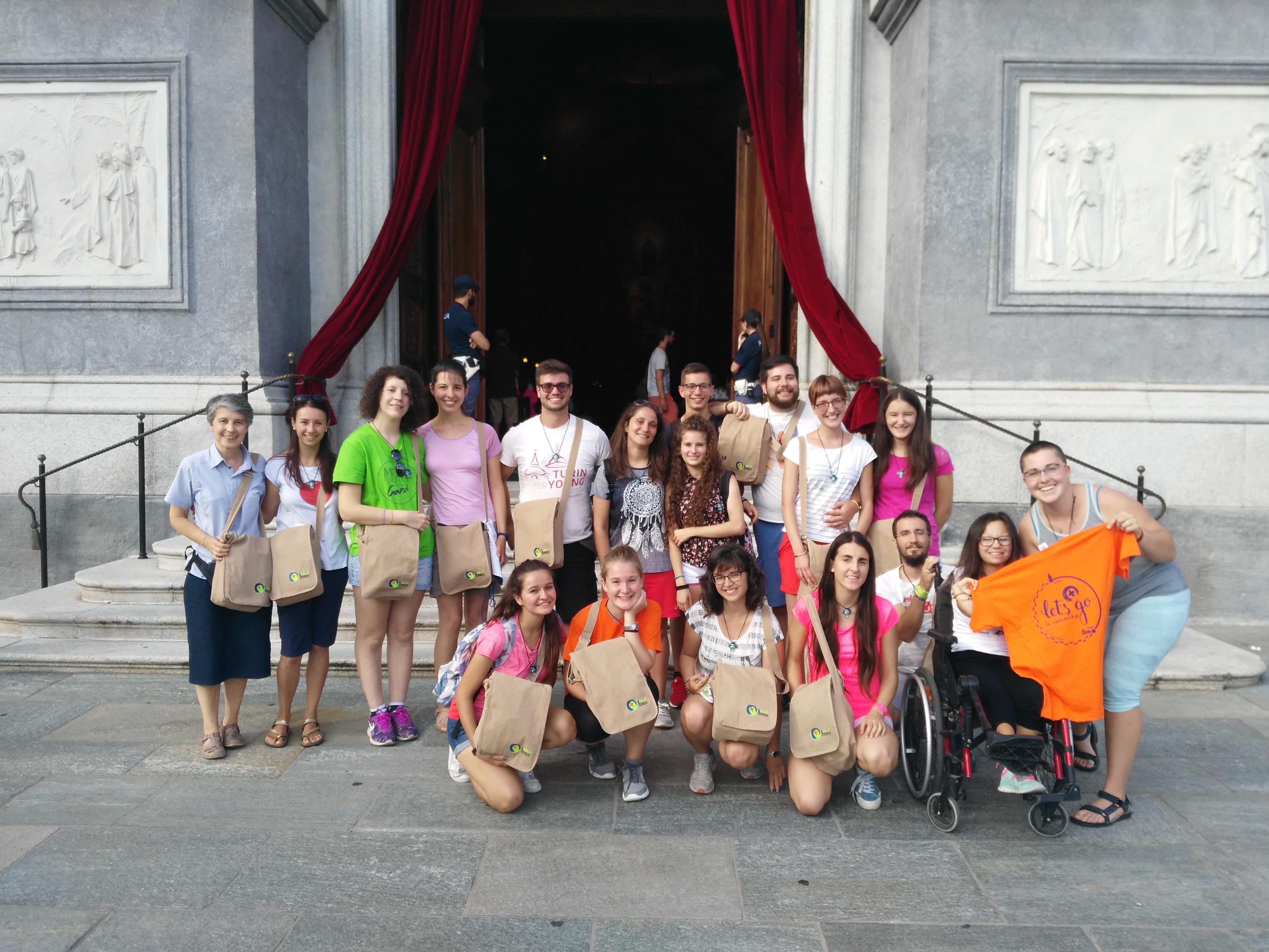 Gruppo dei giovani -di-Cuneo